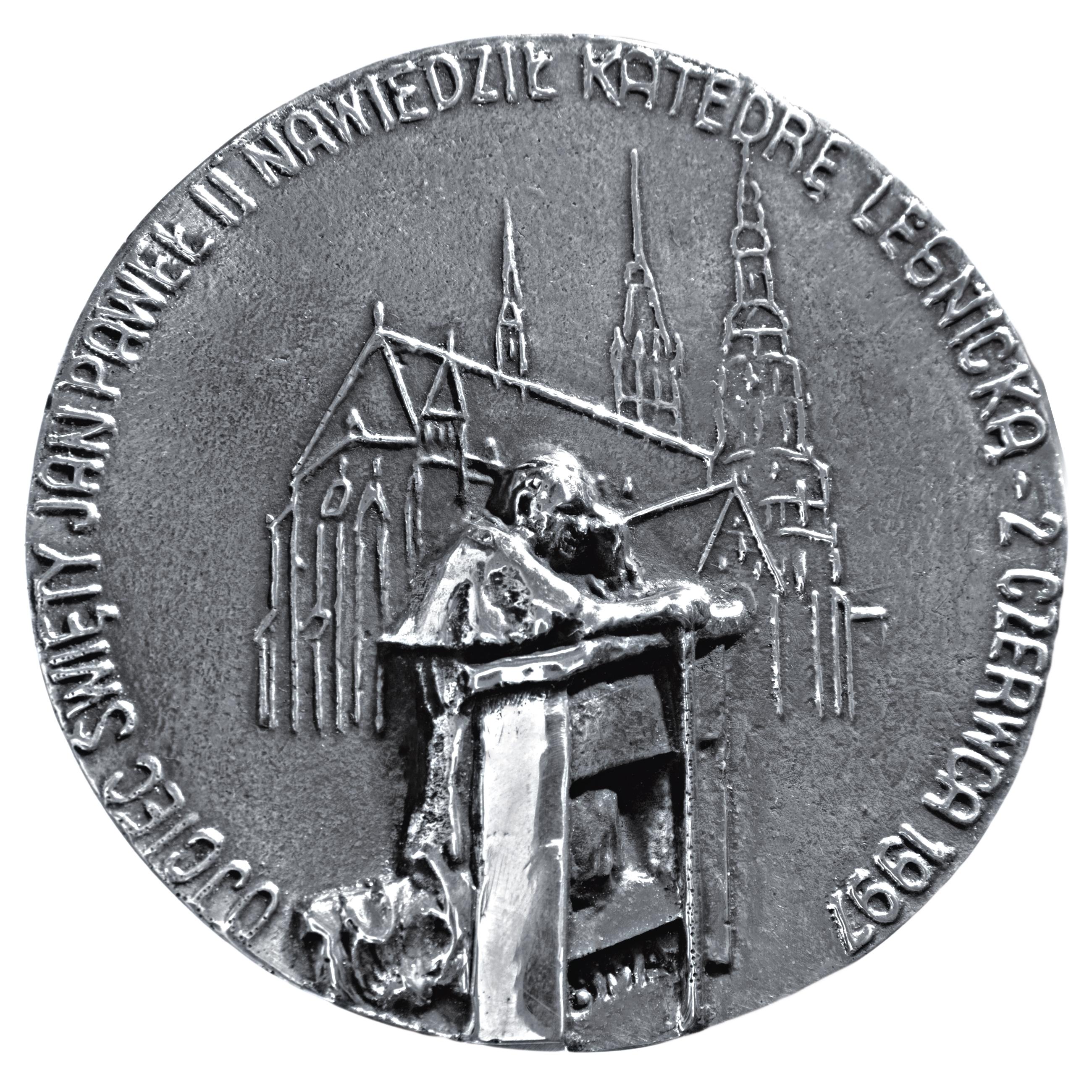 Andrzej Kołaczyński, medal dwustronny (awers), odlewany, srebro, Φ 80 mm, 2012. XV ROCZNICA POBYTU PAPIEŻA W LEGNICY