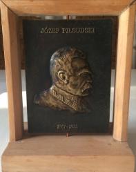 Łęski Paweł - Józef Piłsudski (awers), mosiądz, 10x14 cm, 2016